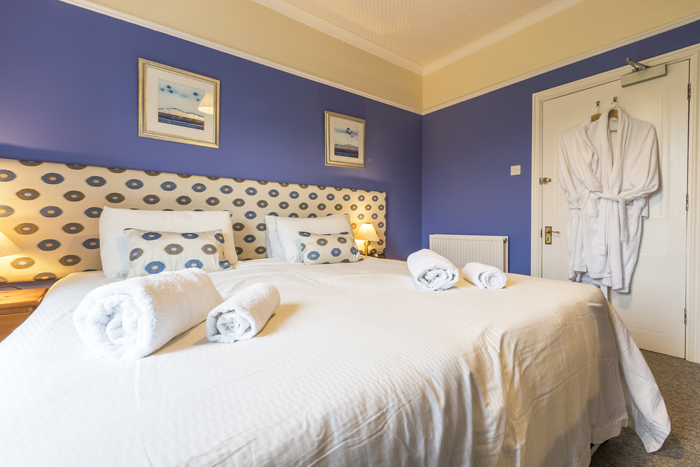 Super king beds at Edale House B&B