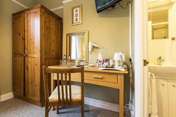 Gloucestershire Bed and Breakfast Edale House